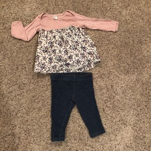 Nordstrom baby top and leggings